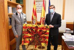 D.Arturo Aliaga recibe al cónsul honorario de Honduras